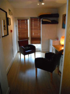 chelsea natural health therapy room
